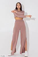 Женский стильный костюм с штанами клеш ,костюм в спортивном стиле с разрезами на штанах, фото 1