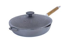 Сковорода чавунна з знімною кришкою і дерев'яною ручкою Біол 26 см 12261