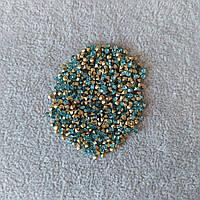 Стразы камушки цвет голубой d-2,5(+-)мм уп.\10гр(+-)