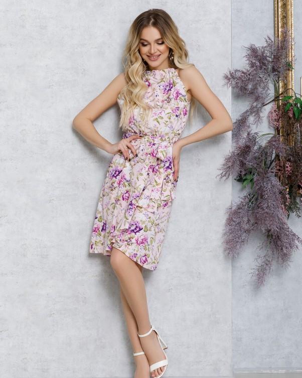 Рожеве плаття з запахом і воланом