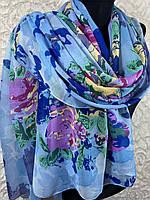 Женский весенний голубой шарф с большими цветами