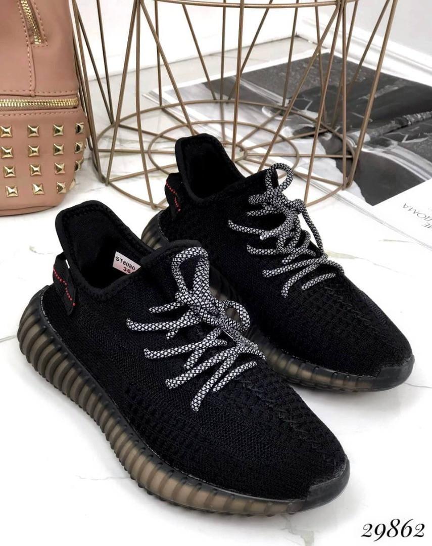 Кросівки жіночі чорні з текстилю