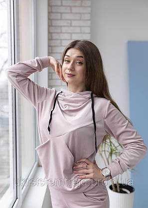 Стильный велюровый женский костюм