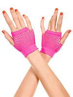 Короткие розовые перчатки в сеточку