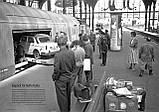 Модель 2х этажного вагона для перевозки автомобилей, принадлежности DB, масштаба 1:87,H0 арт. Heris 11201, фото 6