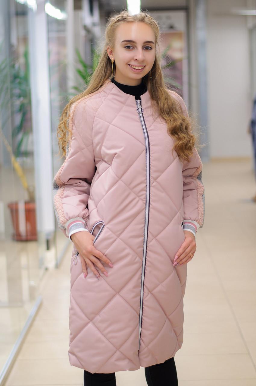 Демісезонне плащевое пальто в стилі спорт шик Ricco Тірамісу