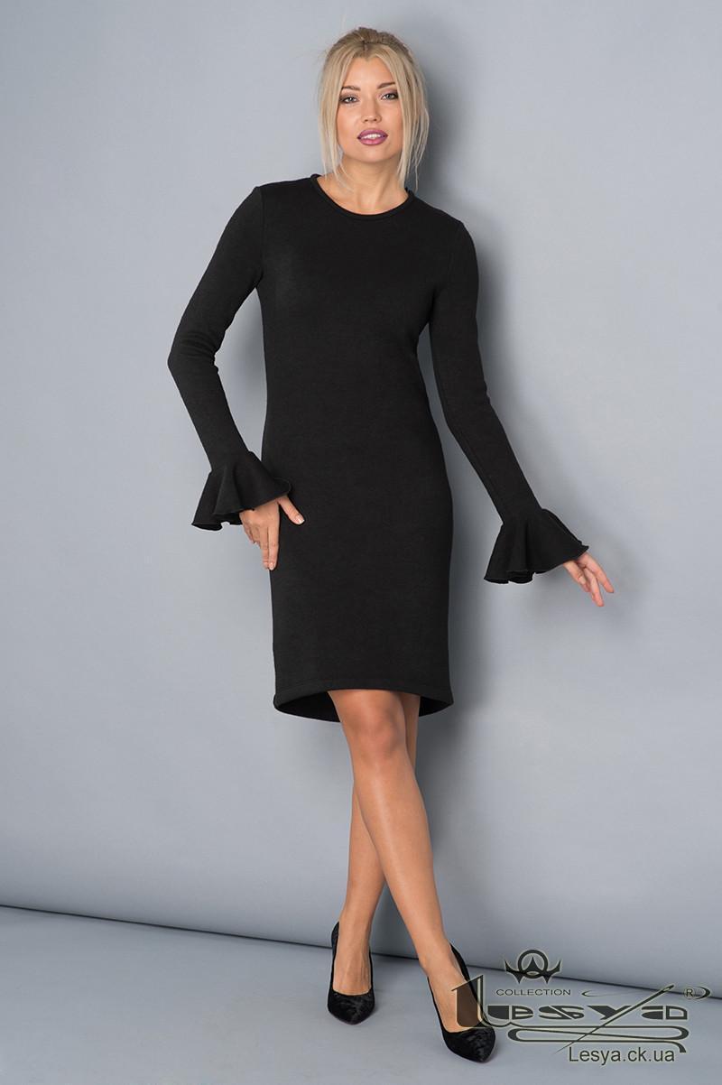 Оригинальное  черное платье из ангоры с рюшей на рукаве Lesya Отрада.
