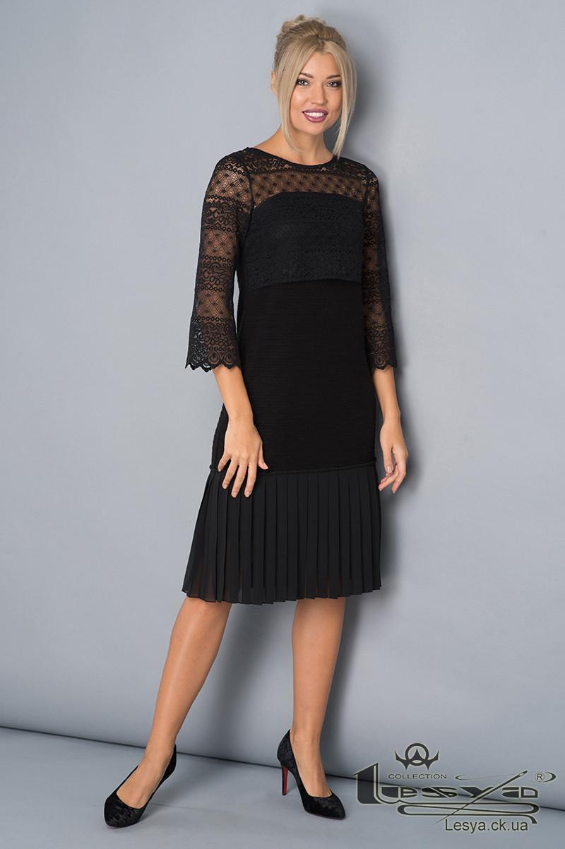 Теплу сукню з ангори з мереживом Lesya Гельвия.