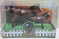 Животные Лошади 2 шт в коробке 28*15*12см