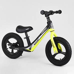 """Велобіг від Corso 63181, колесо 12"""" надувні, магнієва рама, магнієві диски, підніжка"""
