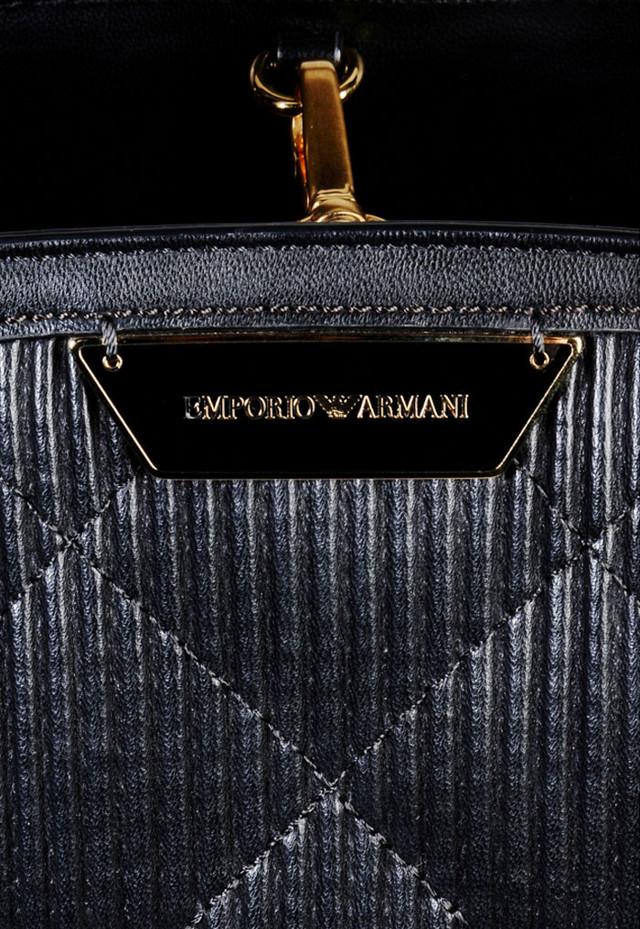 Женская сумка-шоппер Emporio Armani детальное изображение