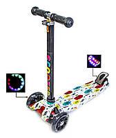 Трехколесный детский самокат MAXI. принт Каблучки со светящимися колесами, поворот наклоном руля