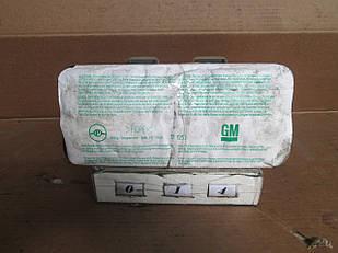 №14 Б/у Подушка безпеки  пасажира  AIRBAG   90561101 для Opel Astra G 1998-2004