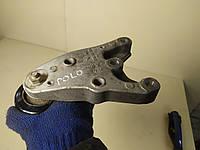 Кронштейн двигуна правий Вольксваген Поло IV 9N, 6Q0 199 185 S