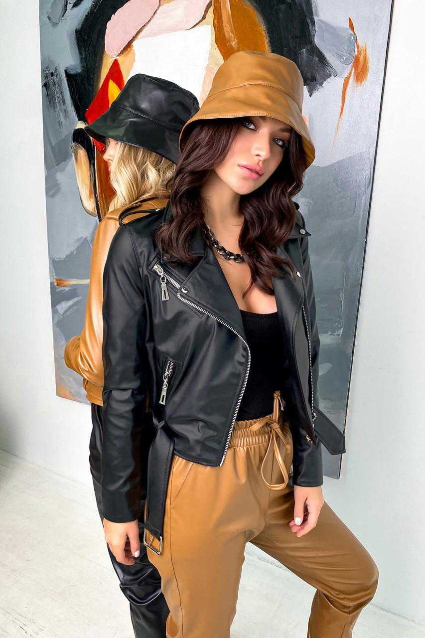 Женская черная куртка косуха из матовой эко кожи