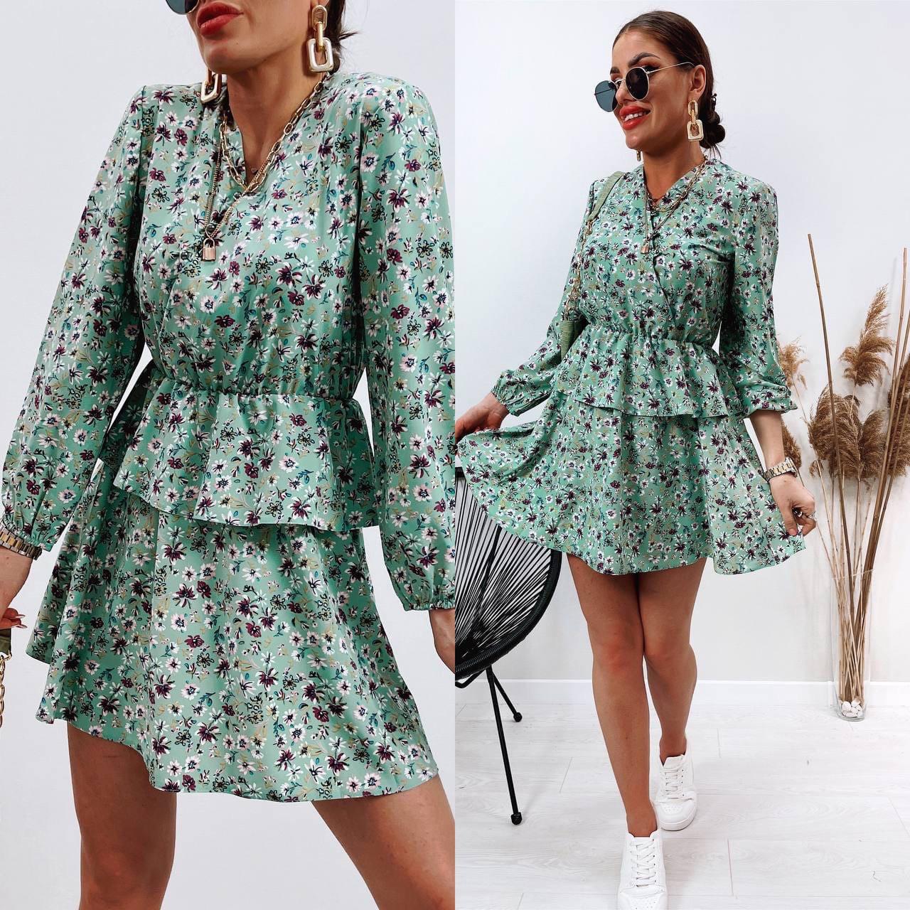Модное женское платье приталенное в цветочный принт (Норма)