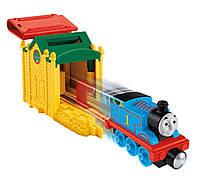 Вагончик Томас с пусковым устройством Take-n-Play Speedy Launching Thomas