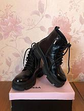 Жіночі черевички лакованные Vanessa чорні