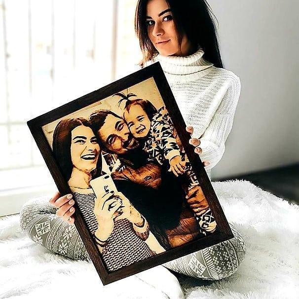 Подарок любимой жене Оригинальный подарок на свадьбу (портрет выжженный на дереве)