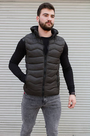 Пиджаки, жилеты.