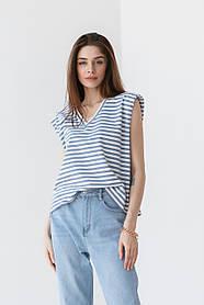 Полосатая базовая футболка с подплечниками и с V-вырезом горловины в 3 цветах в размерах S/M, M/L.