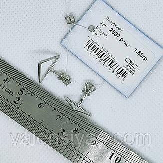 Серебряные серьги-гвоздики Треугольники, фото 2