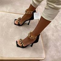 Стильные женские босоножки с цепями на каблуке в стиле Versace