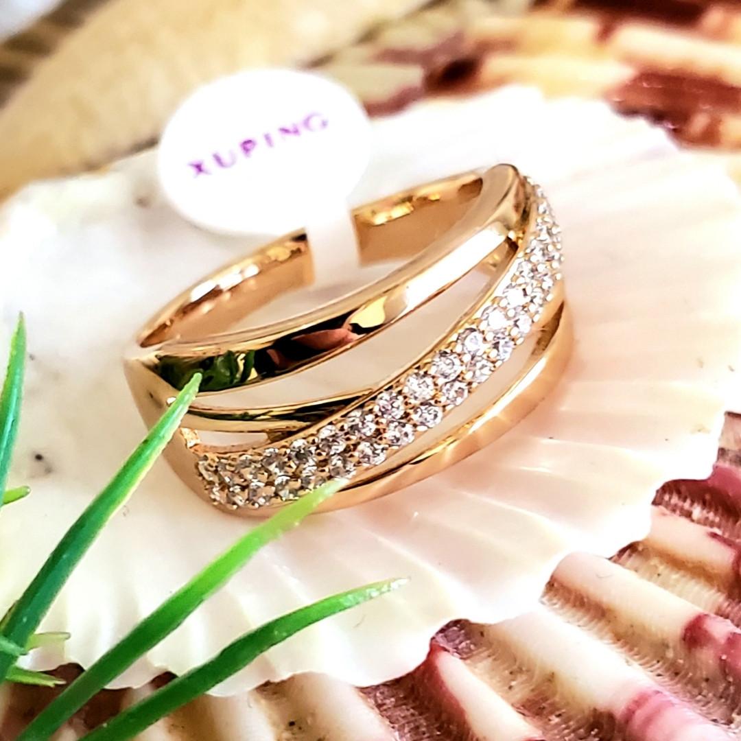 Кольцо 17р 9мм Xuping позолота 18К медицинское золото 8455