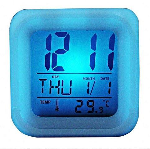 Часы хамелеон светящиеся, будильник