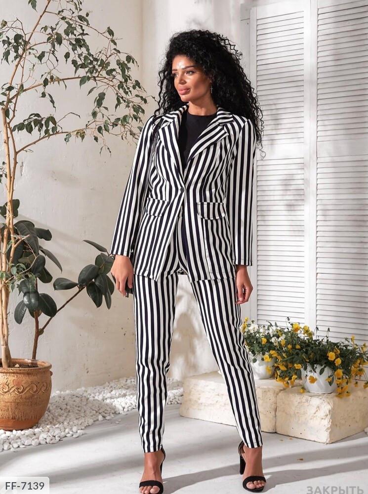 Костюм жіночий брючний класичний діловий штани в смужку з піджаком р-ри 42-48 арт.0160