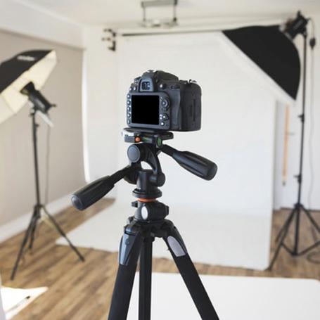 Штативи для фотоапаратів і відеокамер