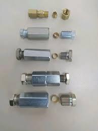 З'єднувач гальмівних трубок М10 х 1,0 - 1,25 (внутр. різьба) (Quick Brake)
