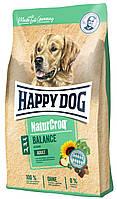 Сухий корм Happy Dog Naturcroq Balance  для вибагливих собак з птицею та сиром, 15КГ