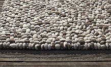 Оригінальні килими під морські камінці з натуральної вовни