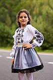Строгий вишитий костюм для дівчинки, фото 4