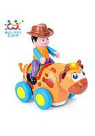 Игрушка Huile Toys Ковбой на диком быке 838B