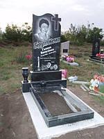 Памятник Крест с цветником ритуальной вазой из гранита образец №53