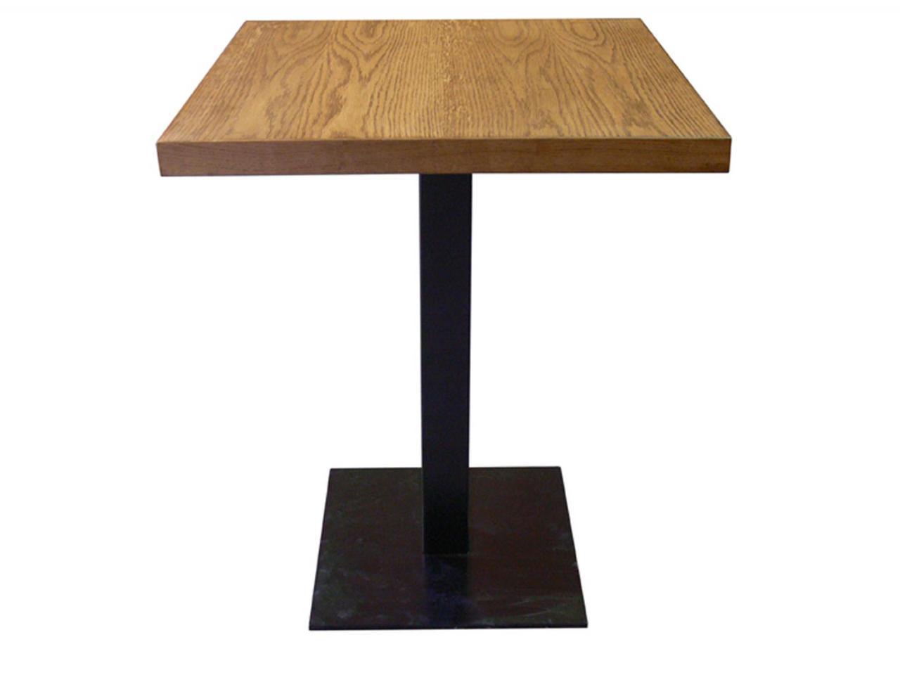 Квадратный столик для кафе и ресторанов из массива дерева 70х70