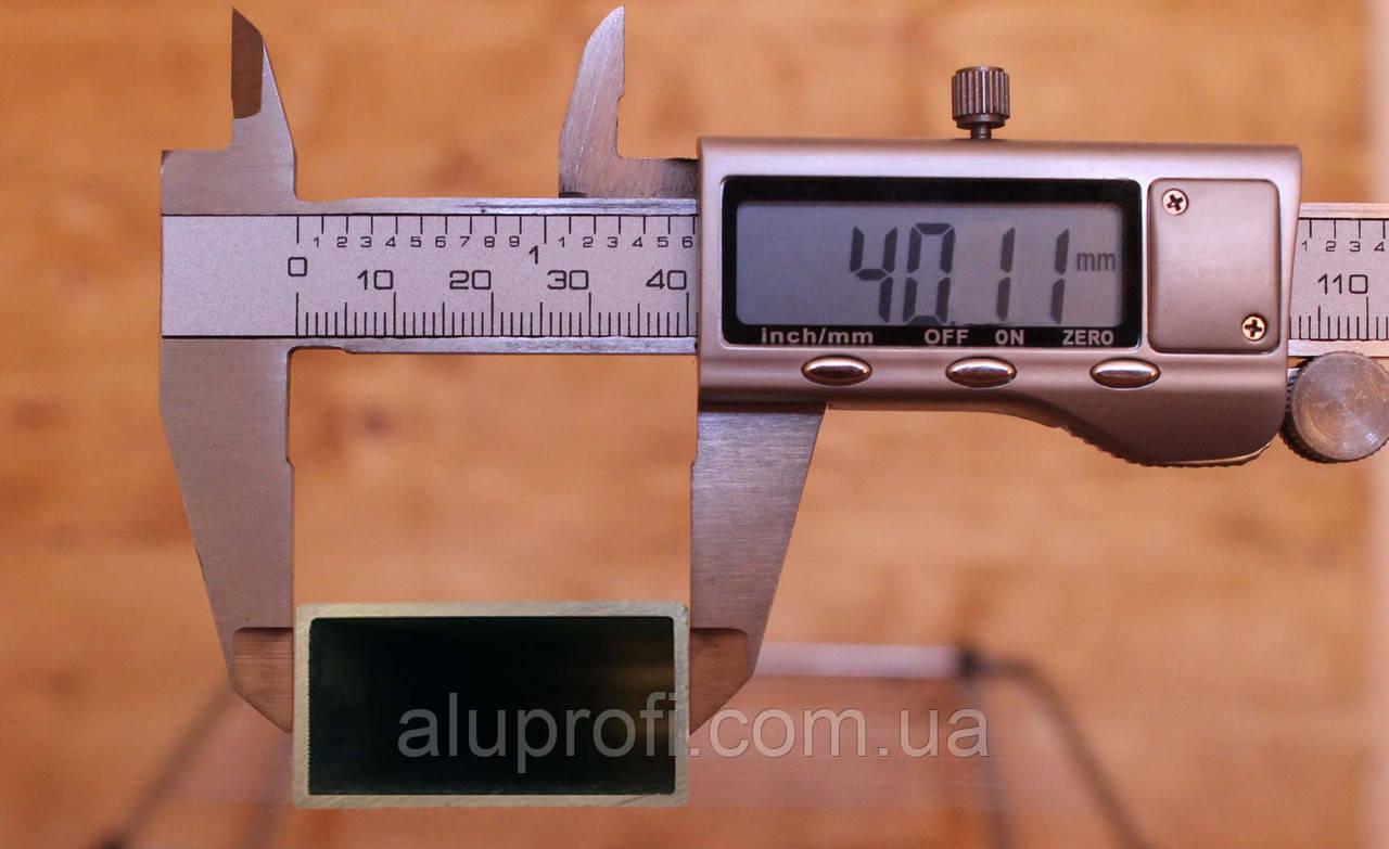 Труба алюминиевая 40х20х3мм 6060