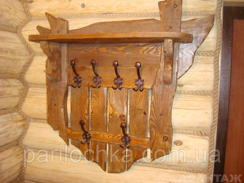 Вешалка деревянная,состаренная