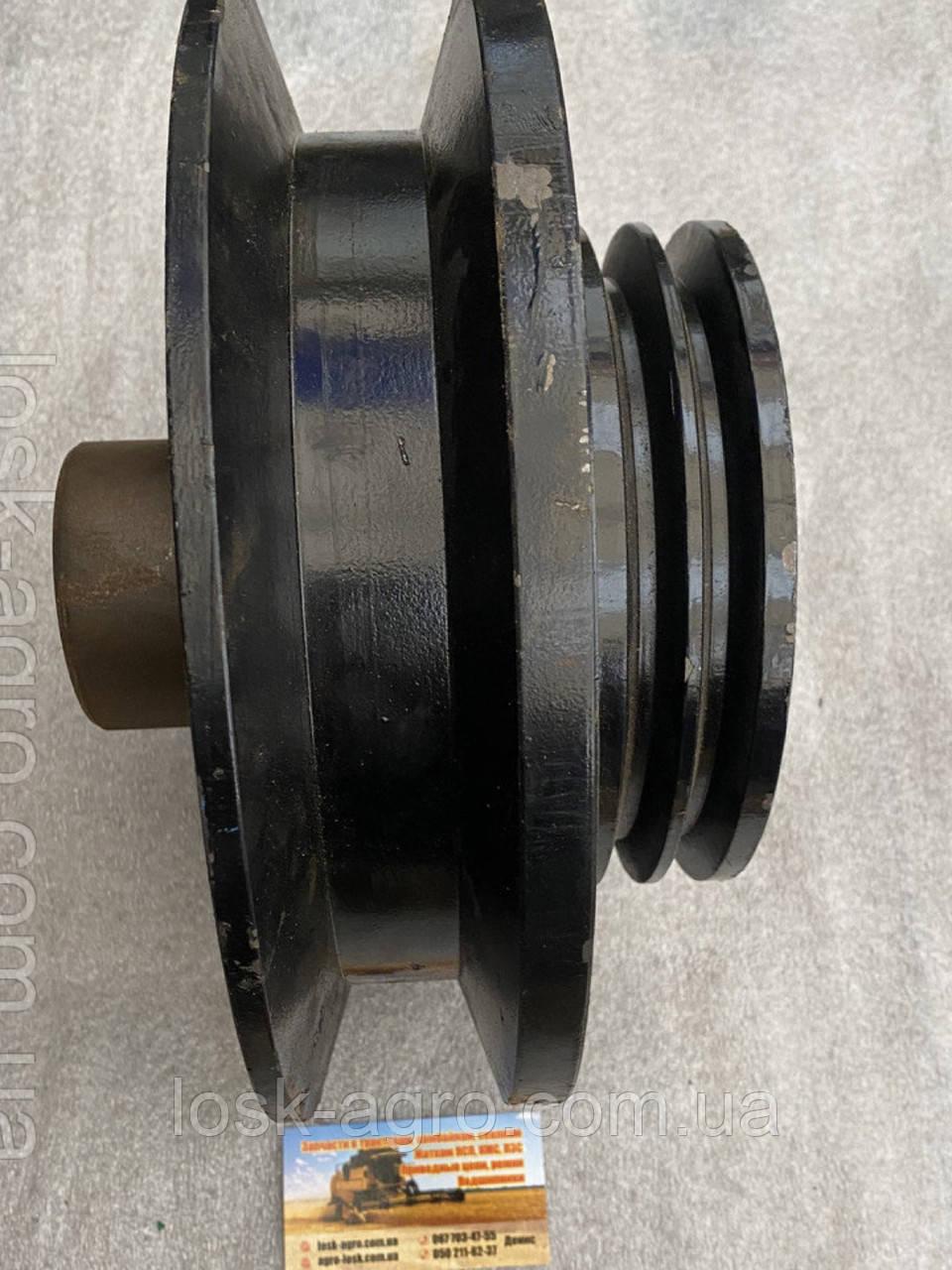 Шкив двигателя 54-10253 (со ступицей) СМД-21,СК-5,НИВА