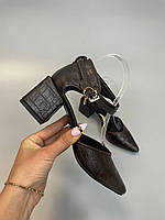 Красивые женские туфли кожаные натуральные питон ,коричневые, с ремешком. Закрытые босоножки весна, лето 2021