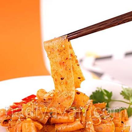 Локшина широка Akuan кисло-пряний смак з зеленню, 110 г, швидкого приготування порційна, фото 2