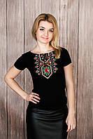 Жіноча вишита футболка. Модель маки-хрестик