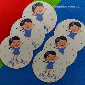 Рекламний магніт для інтернет-магазину дитячого одягу. Діаметр 68 мм 2