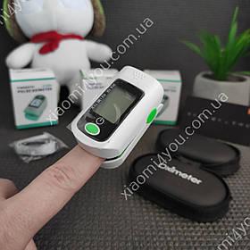 ПульсоксиметрPulse Oximeter X1805 +кейс в подарок! (контроль пульса, степени насыщенности кислородом)