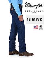 Джинсы мужские Wrangler® 13MWZ / прямой покрой / жесткие (rigid) / 100% хлопок / изъян нитки /W35xL32