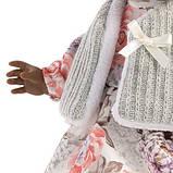 Лялька шарнірна Зої, мулатка, брюнетка, 28 см (28033), фото 3