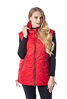 Красная жилетка женская с капюшоном жилет