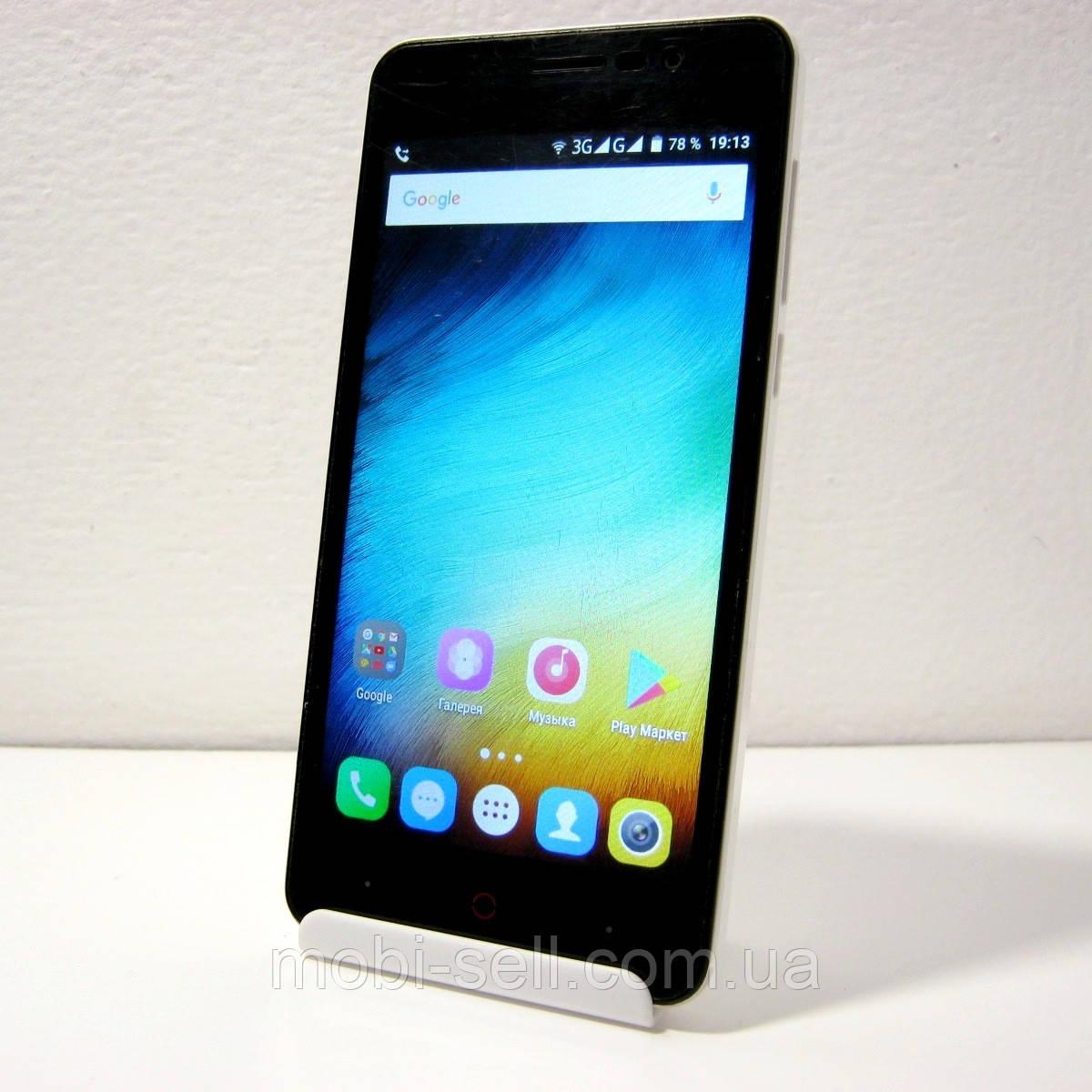 Б/У Смартфон DooPro P3 (Android / 4200 mAh / RAM 1Gb / ROM 8Gb